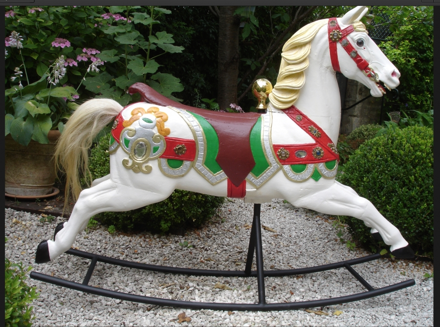 Read more about the article Cheval DE HEYN No 14
