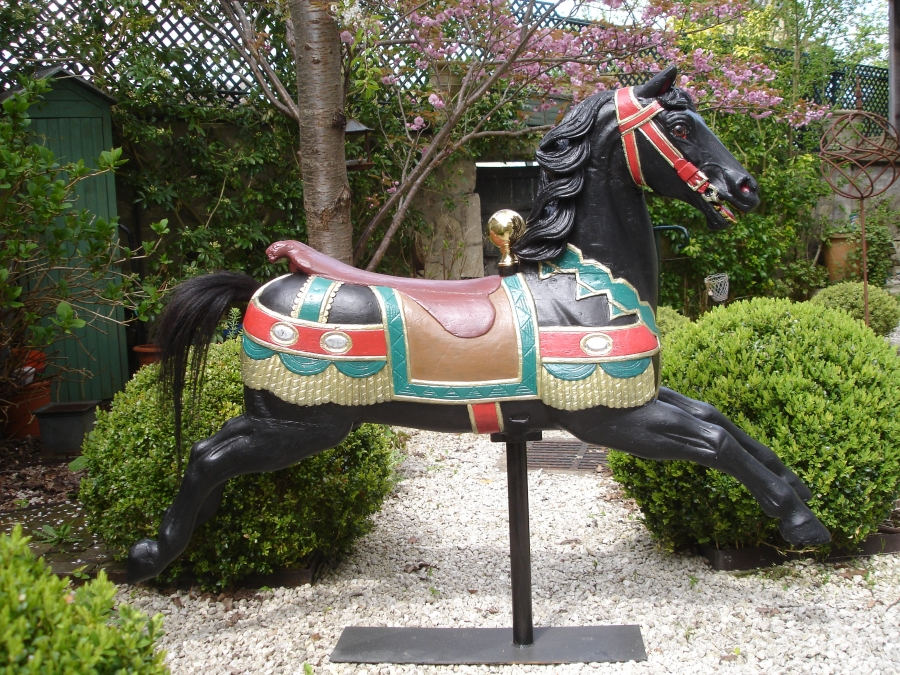 Read more about the article Cheval sauteur HEYN No 16