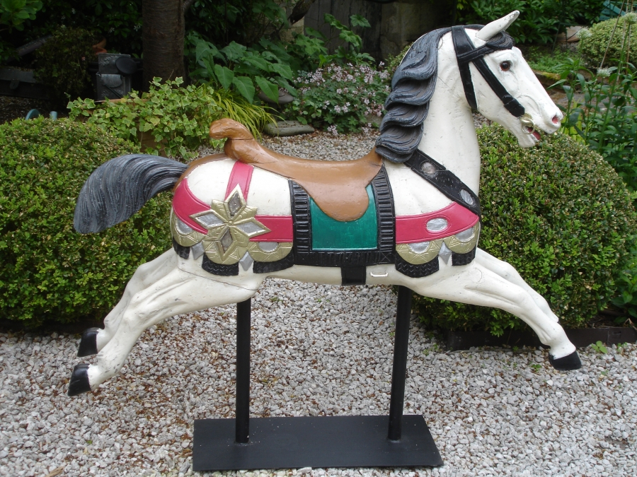 Read more about the article HEYN cheval de manège cabre No 20